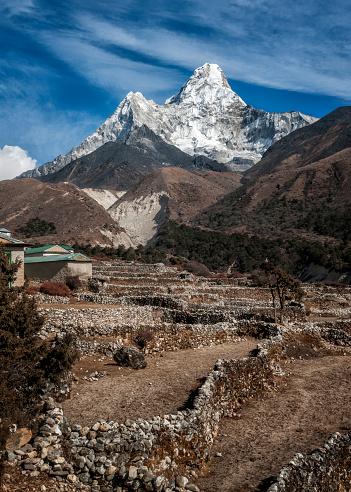Khumbu「Nepal, Himalaya, Pangboche, Everest, Solo Khumbu, Ama Dablam from Pangboche」:スマホ壁紙(14)