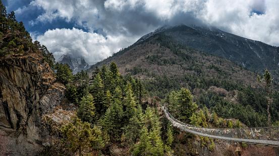 Khumbu「Nepal, Himalaya, Khumbu, footbridge in the mountains」:スマホ壁紙(6)