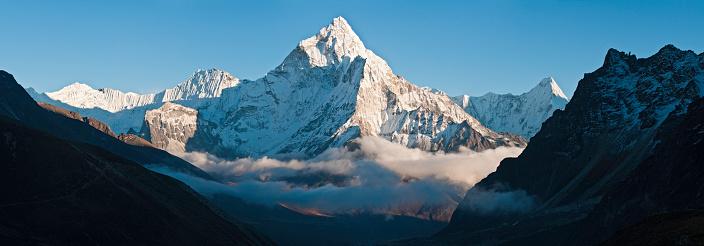 Khumbu「Nepal Himalayas snow mist mountain peaks Everest NP panorama Khumbu」:スマホ壁紙(4)
