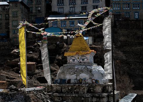 Khumbu「Nepal, Himalaya, Khumbu, Namche Bazaar, Buddhist structure」:スマホ壁紙(8)