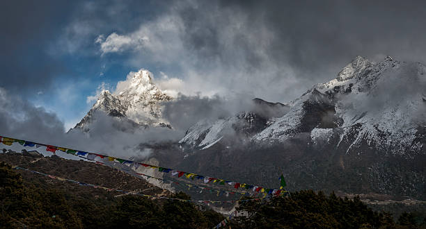 Nepal, Himalaya, Khumbu, Ama Dablam:スマホ壁紙(壁紙.com)