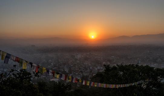 Himalayas「Nepal, Himalaya, Kathmandu, cityscape as seen from Swayambhunath temple」:スマホ壁紙(16)
