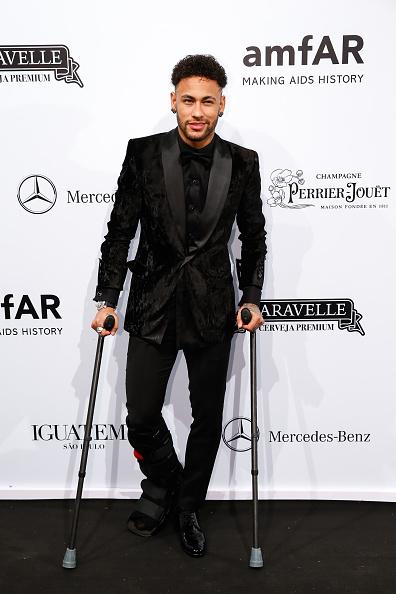 Neymar da Silva「2018 amfAR Gala Sao Paulo - Arrivals」:写真・画像(1)[壁紙.com]