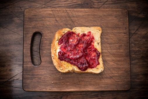 Preserves「Strawberry jam on toast」:スマホ壁紙(6)