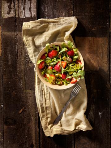 Arugula「Strawberry and Arugula  Salad」:スマホ壁紙(5)