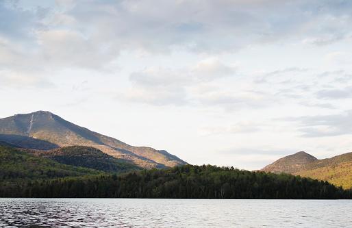 アディロンダック森林保護区「USA, New York State, Lake Placid and mountains」:スマホ壁紙(11)