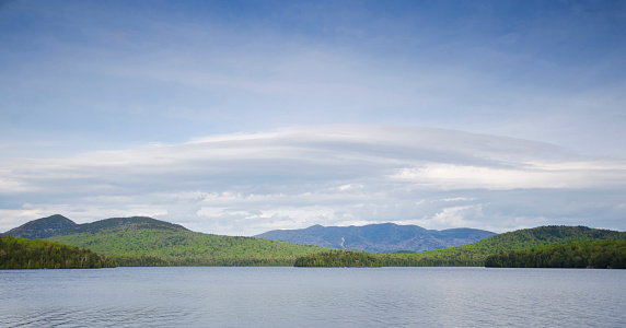 Adirondack Mountains「USA, New York State, Panorama of Lake Placid」:スマホ壁紙(7)