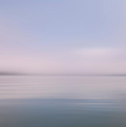 Fantasy「USA, New York State, Saranac Lake, View of lake at dusk」:スマホ壁紙(19)
