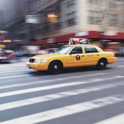 Road Marking「USA, New York State, New York City, Yellow cab on street」:スマホ壁紙(12)