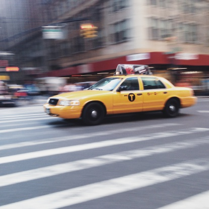Taxi「USA, New York State, New York City, Yellow cab on street」:スマホ壁紙(7)