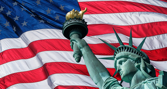 Patriotism「USA, New York State, New York City, Part of Statue of Liberty against american flag」:スマホ壁紙(13)