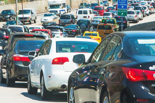 Traffic「USA, New York State, New York City, Cars in city street」:スマホ壁紙(5)