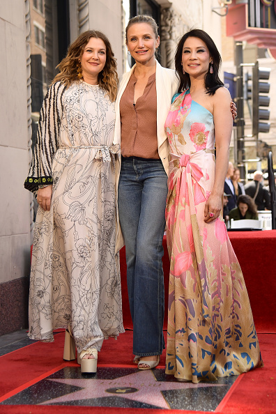Drew Barrymore「Lucy Liu Honored With Star On The Hollywood Walk Of Fame」:写真・画像(10)[壁紙.com]
