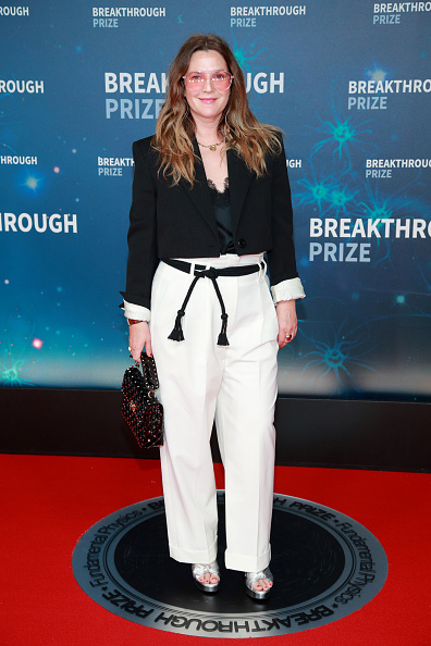 Discovery「8th Annual Breakthrough Prize Ceremony - Arrivals」:写真・画像(17)[壁紙.com]