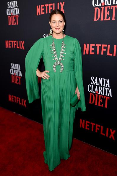 "Full Length「Netflix's ""Santa Clarita Diet"" Season 3 Premiere - Red Carpet」:写真・画像(19)[壁紙.com]"