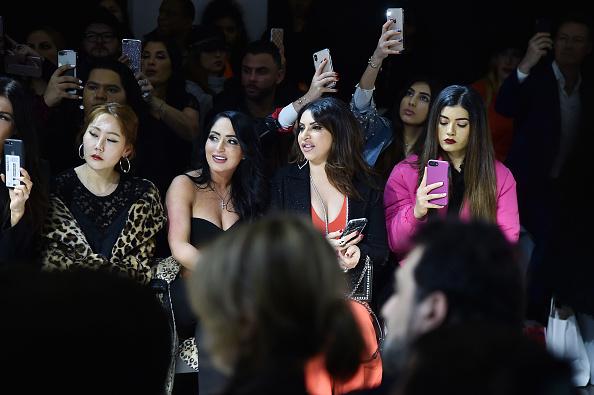 ニューヨークファッションウィーク「Afffair - Front Row - February 2019 - New York Fashion Week: The Shows」:写真・画像(5)[壁紙.com]