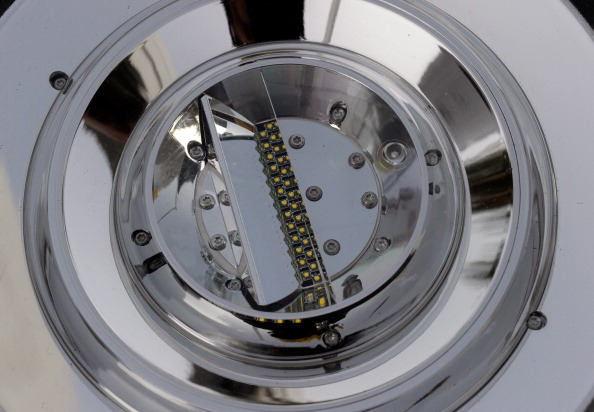 Light Fixture「Las Vegas Begins Replacing 6600 Streetlights With LED Fixtures」:写真・画像(17)[壁紙.com]