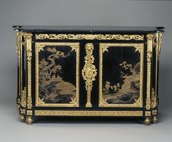 Dresser「Chest Of Drawers (Commode)」:写真・画像(19)[壁紙.com]