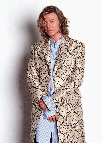 Alexander McQueen - Designer Label「FILE: David Bowie Recovers From Emergency Heart Surgery」:写真・画像(2)[壁紙.com]