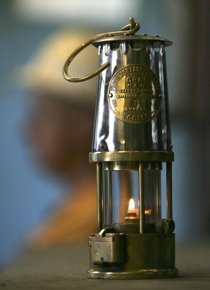 Electric Lamp「Multi-Million Pound Investment Restarts Hatfield Colliery」:写真・画像(16)[壁紙.com]