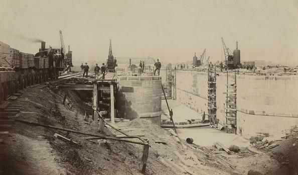 Canal「Walton Locks Under Construction」:写真・画像(7)[壁紙.com]