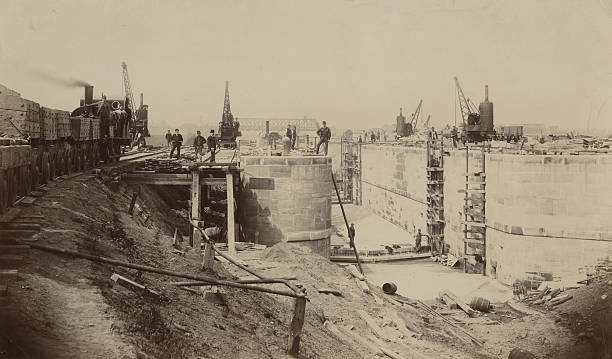 Walton Locks Under Construction:ニュース(壁紙.com)