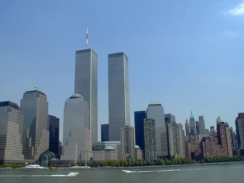 Number 9「NYC Skyline with World Trade Center」:スマホ壁紙(16)