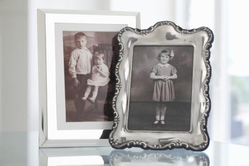 Family Tree「two framed vintage family photographs of children」:スマホ壁紙(6)