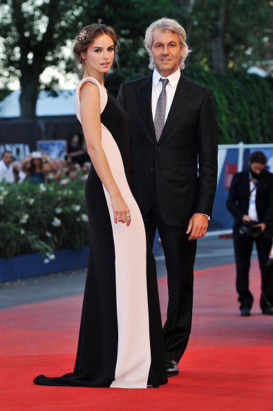 "Palazzo del Cinema「Award Ceremony And ""L'Homme Qui Rit"" Arrivals - The 69th Venice Film Festival」:写真・画像(14)[壁紙.com]"