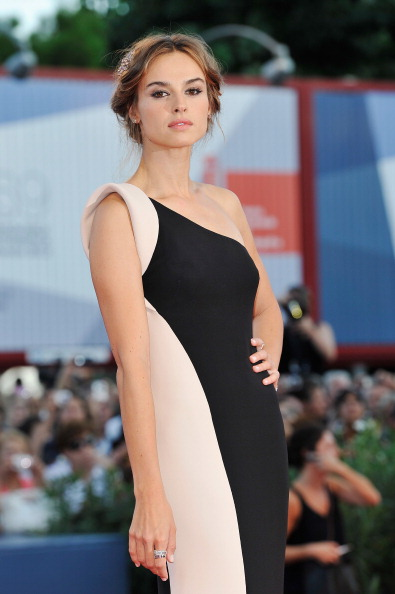 "Palazzo del Cinema「Award Ceremony And ""L'Homme Qui Rit"" Arrivals - The 69th Venice Film Festival」:写真・画像(13)[壁紙.com]"