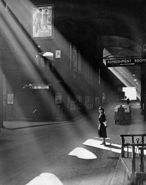 Black And White「Liverpool Street」:写真・画像(19)[壁紙.com]