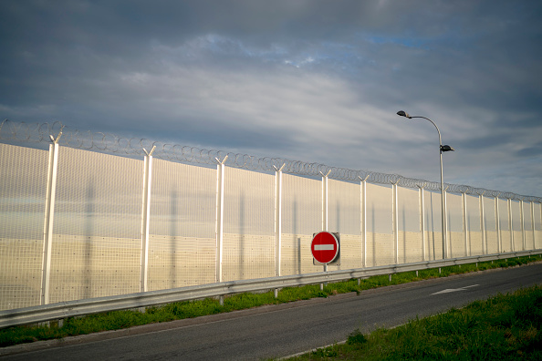 Calais「The Calais Jungle Becomes Haven For Nature」:写真・画像(1)[壁紙.com]