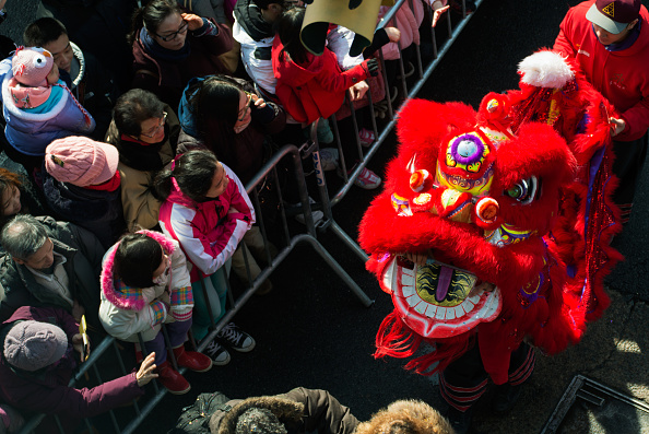 お祭り「Annual Chinese New Year Parade Held In Manhattan's Chinatown」:写真・画像(2)[壁紙.com]