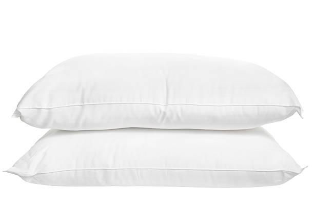 Two pillows on white background:スマホ壁紙(壁紙.com)