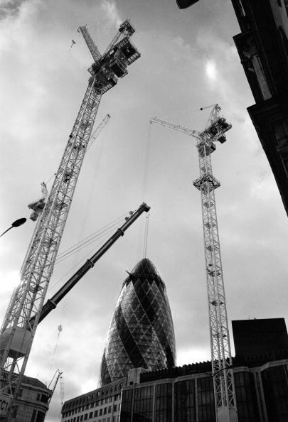 Tom Stoddart Archive「Building In The City」:写真・画像(1)[壁紙.com]