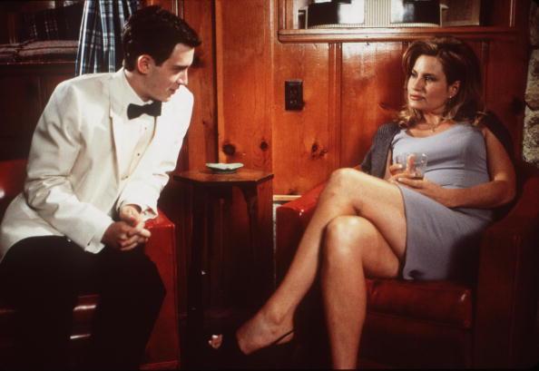 Seduction「Finch Attempts To Seduce Stifler's Mom」:写真・画像(0)[壁紙.com]