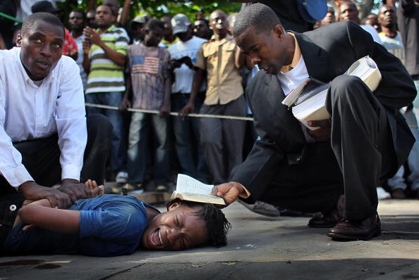 Preacher「Haiti Observes Three Days Of Mourning One Month After Earthquake Struck」:写真・画像(15)[壁紙.com]