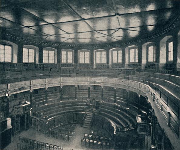 17th Century「The Sheldonian Theatre, Oxford, 1903」:写真・画像(19)[壁紙.com]