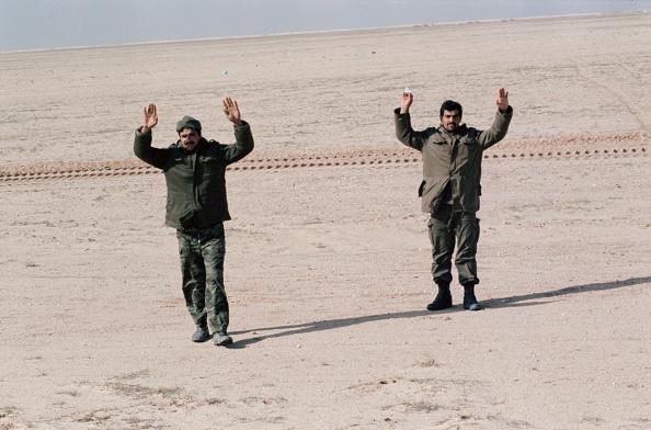 Human Limb「Iraqi Surrender」:写真・画像(16)[壁紙.com]