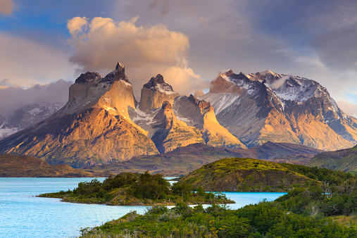 Alpenglow「Chile, Patagonia, Torres del Paine National Park」:スマホ壁紙(18)
