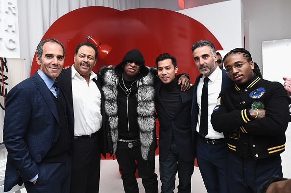 Ciroc「Republic Records Celebrates the GRAMMY Awards in Partnership with Cadillac, Ciroc and Barclays Center - Inside」:写真・画像(19)[壁紙.com]