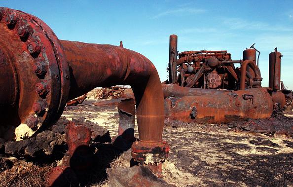 Rusty「Kuwaiti Oil Field Rebuilt Ten Years After Gulf War」:写真・画像(10)[壁紙.com]