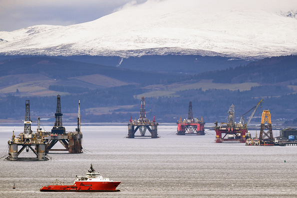 Scotland「Oil Rigs In The Cromarty Firth Awaiting Decommission」:写真・画像(9)[壁紙.com]