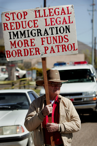 Arizona「Volunteers Patrol Arizona Border For Illeagal Immigrants」:写真・画像(17)[壁紙.com]