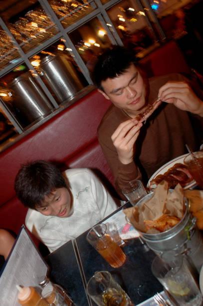 Yao Ming:ニュース(壁紙.com)