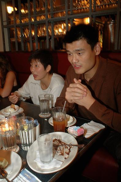 Yao Ming「Yao Ming」:写真・画像(18)[壁紙.com]