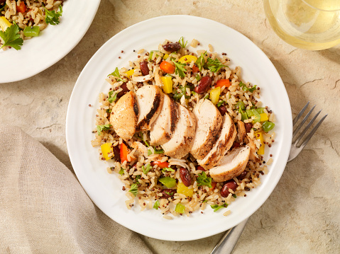 Grilled Chicken Breast「Grilled Chicken with Quinoa and Brown Rice Salad」:スマホ壁紙(12)