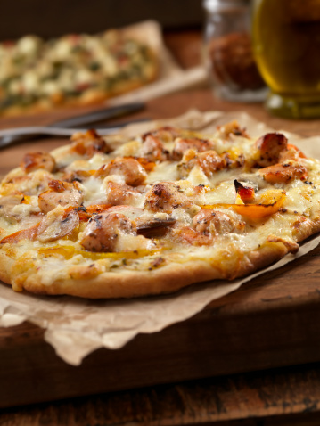 Focus On Foreground「Grilled Chicken and Roasted Pepper Pizza」:スマホ壁紙(4)