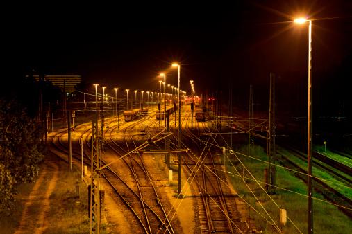 Delayed Sign「Factory railway station at night」:スマホ壁紙(4)