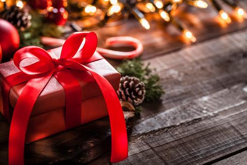 Gift「Red Christmas gift」:スマホ壁紙(13)